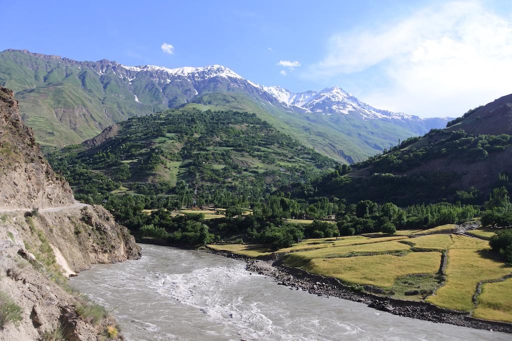 Crossing the Pamir (Tajikistan-Kyrgyzstan)