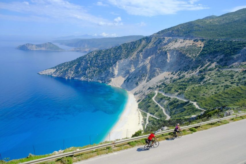 Isole della Grecia: alla scoperta di spiagge, montagne ed un fiume mitologico, con paesaggi da sogno!
