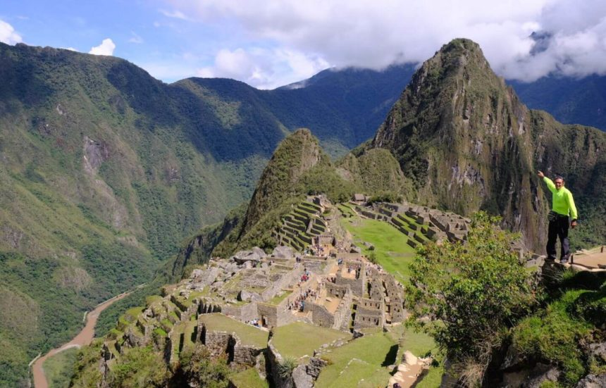 Sacred Valley of the Incas and Machupicchu.